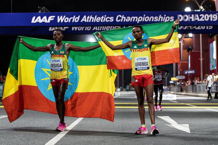 Bij de WK atletiek in Doha werd de marathon ook 's nachts gehouden vanwege de hitte.