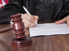 Rechters in Vlaamse Kasteelmoordzaak mogen blijven
