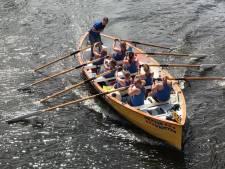 Tiende editie Zwolse Grachtenrace: zware krachtmeting van 68 teams
