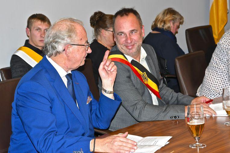 Tien jaar jumelage Kuurne en Marcq en Baroeul - beide burgemeesters kunnen het goed met mekaar vinden.