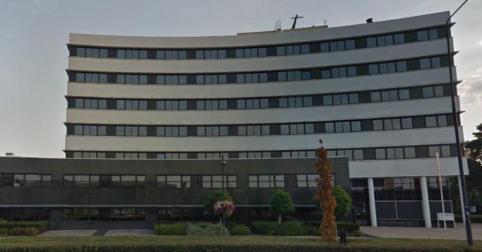 Het kantoor aan het Takenhofplein 1 in Nijmegen dat net een nieuwe eigenaar heeft gekregen.
