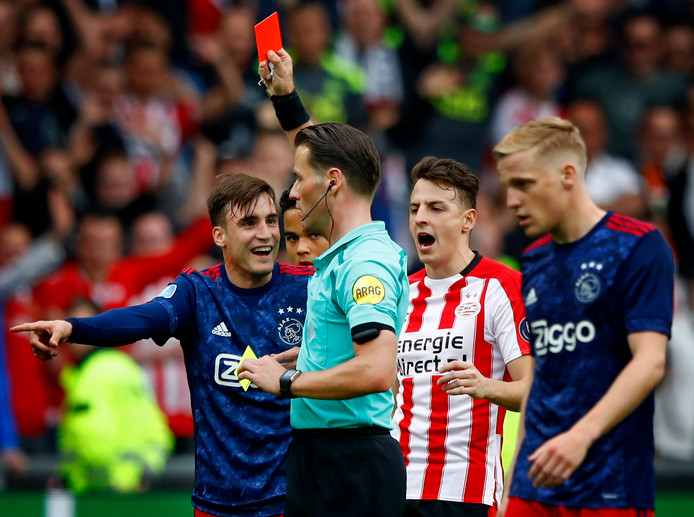 Actiemoment tijdens PSV - Ajax vorig seizoen.