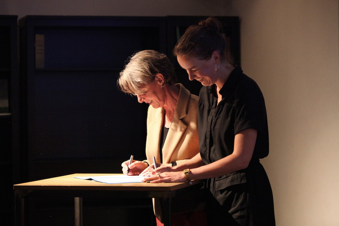Ondertekening convenant Kameroperahuis en conservatorium.