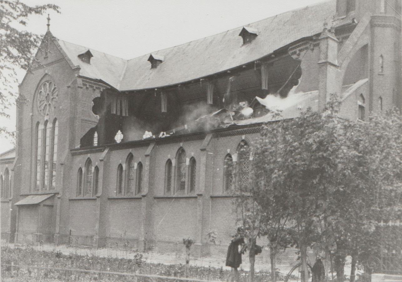 In 1929 stortte de kerk in Hoogmade in als gevolg van een constructiefout.
