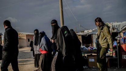 """Koerden willen nu ook onze IS-vrouwen berechten: """"Wie zich liet meeslepen mag meteen naar huis"""""""