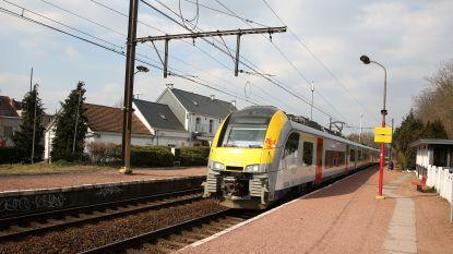 Gemeenteraad Sint-Genesius-Rode vraagt NMBS om toch nog trein na 23 uur te laten rijden vanuit Brussel
