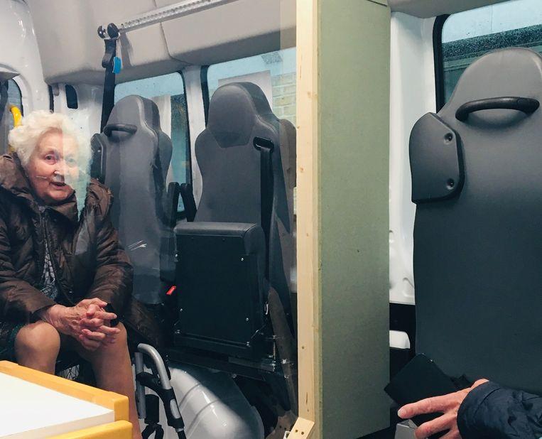 In de Babbelbus kan je veilig praten met je familielied