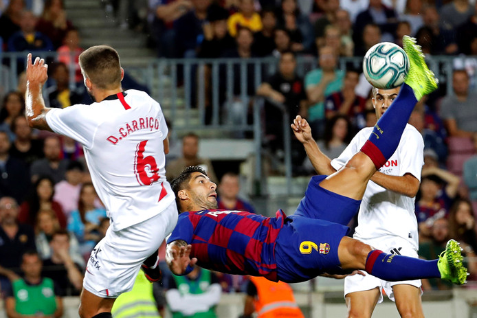 Luís Suárez scoorde met een prachtige omhaal.