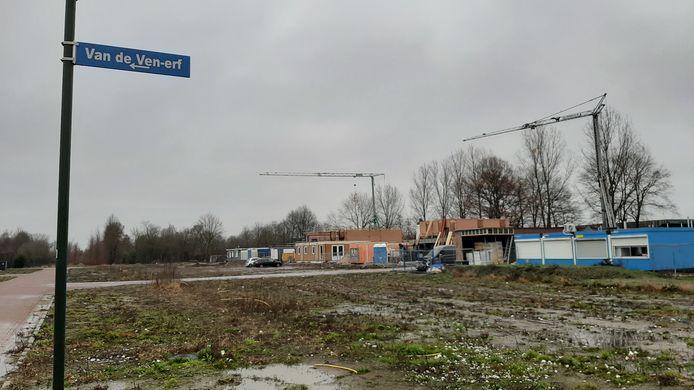 De eerste huizen verrijzen in plan De Erven in Heesch.