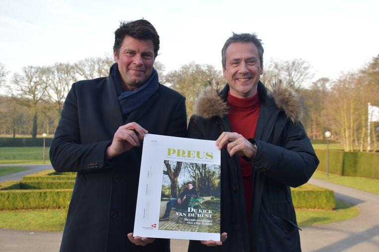 Wim Lybaert en gedeputeerde Bart Naeyaert stellen het magazine voor.