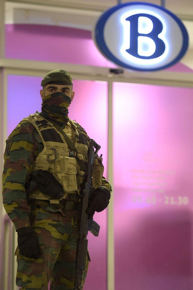 Veiligheidsmaatregelen op Station Brussel-Zuid Beeld photo_news
