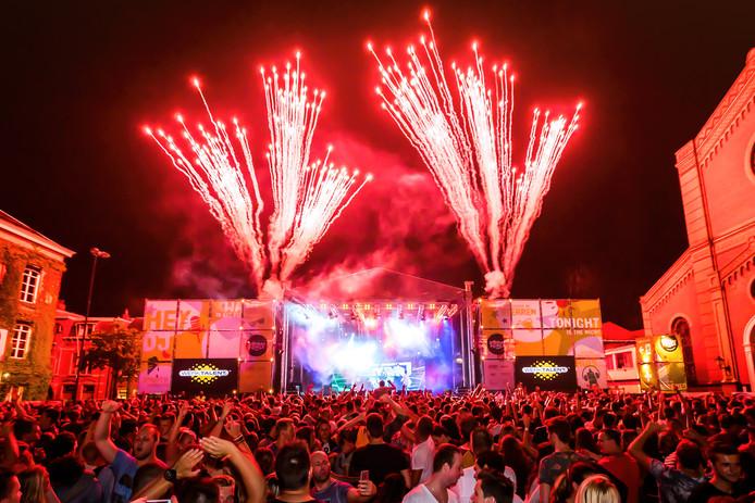 De VVD vindt dat Gorcumse evenementen - bijvoorbeeld de Zomerfeesten - meer moeten doen om bezoekers te beschermen tegen gehoorschade.
