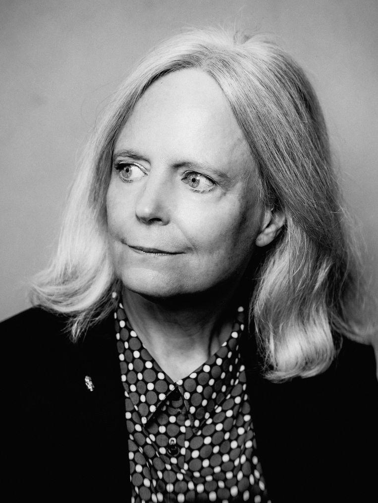 Patricia van Ulzen: 'Uiteindelijk verzorgen we uitgaven voor een lezerspubliek dat hoge eisen stelt aan de inhoud en zeer gehecht is aan tradities.'  Beeld Jitske Schols