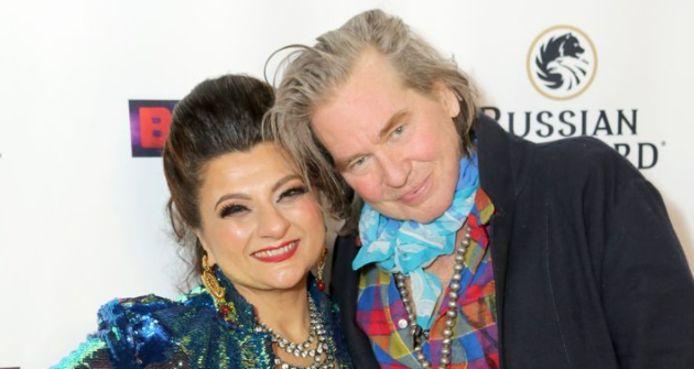 Val Kilmer avec l'artiste Tamie Adaya
