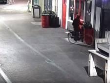 Twee tips over granaatplaatser na vertoning camerabeelden