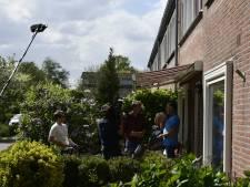 Televisierechter Mr. Frank Visser op bezoek in Roelofarendsveen