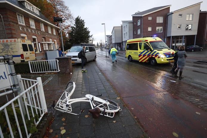 De fietsster raakte gewond bij de aanrijding