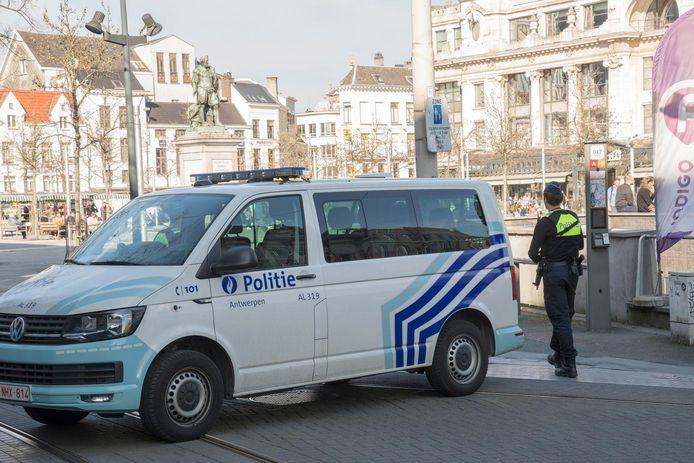Illustration - police d'Anvers
