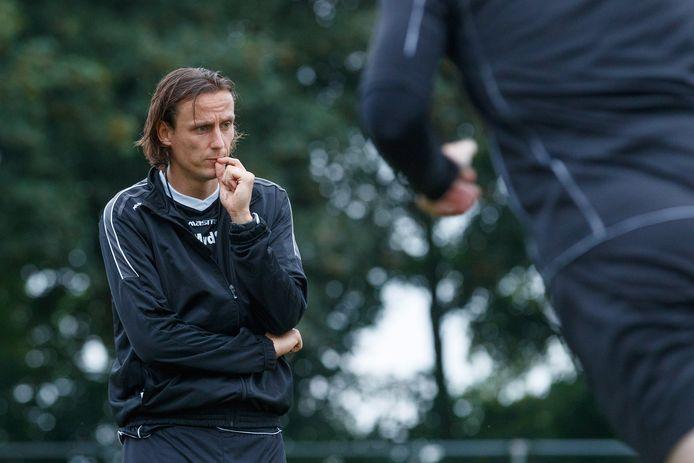 Marcel van der Sloot als trainer van Cluzona.