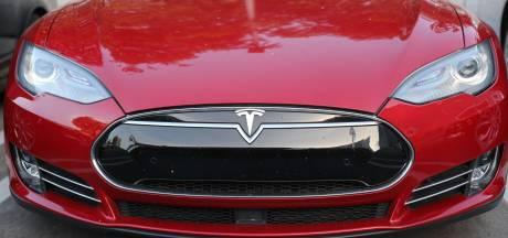 Tesla snijdt na 'uitdagendste jaar in historie' hard in personeel