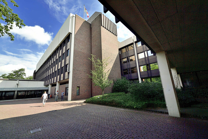 Hier op het stadskantoor van de gemeente Roosendaal moet de subsidieaanvraag op 30 september binnen zijn.