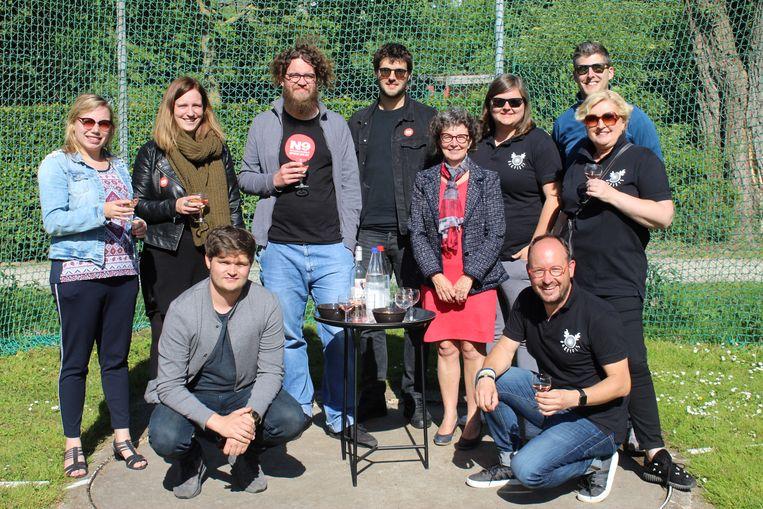 De organisatoren van het Herbakkersfestival 2019 op de nieuwe groene terreinen.