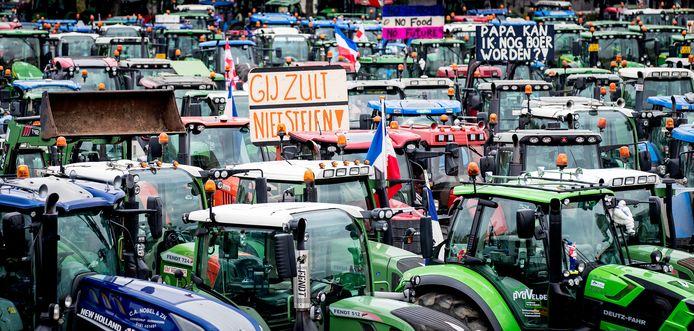 Demonstrerende boeren van Farmers Defence Force (FDF)>
