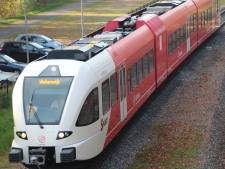 Treinverkeer Zutphen-Winterswijk hervat na verstoring door kapotte auto