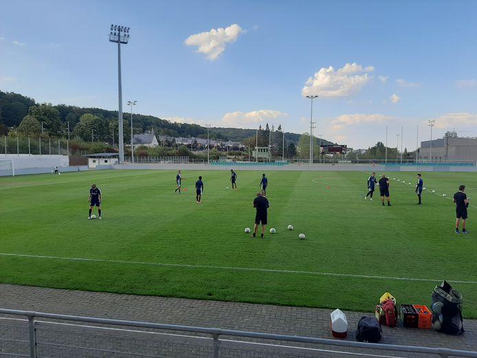 Willem II traint in het stadion van Differdange.