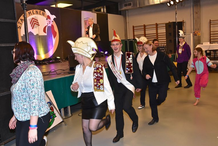 Sfeerbeeld van een vroegere verkiezingsavond van Prins Carnaval