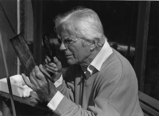 Herman Gordijn in zijn atelier.