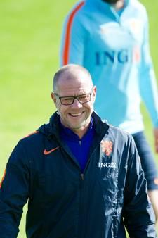 Oranje traint met elf man in Katwijk