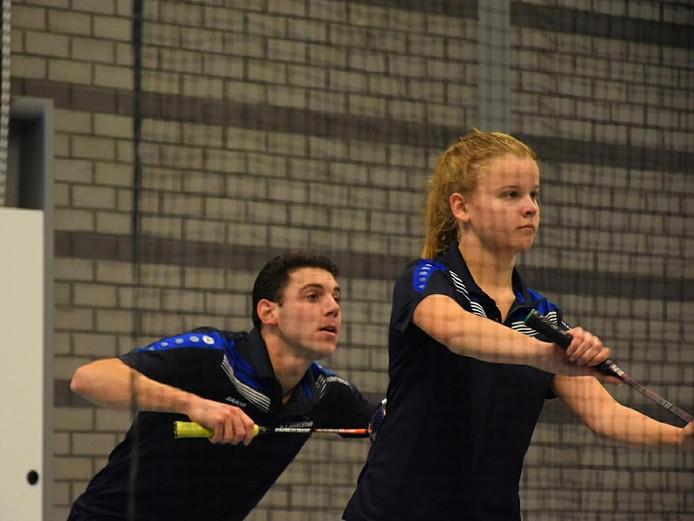 Paul de Kuyper en Esmee van den Beld van BC IJsselstad wonnen hun gemengd dubbel.