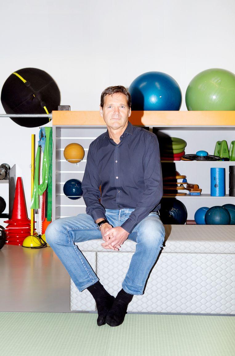 Edwin Goedhart, teamarts van het Nederlands elftal.  Beeld Sanne Zurne