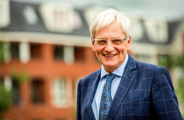 Scheidend burgemeester Wim Luijendijk van Loon op Zand.