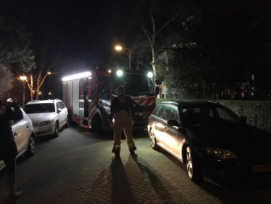 Het was manoeuvreren voor de brandweer in het Kleiwegkwartier.