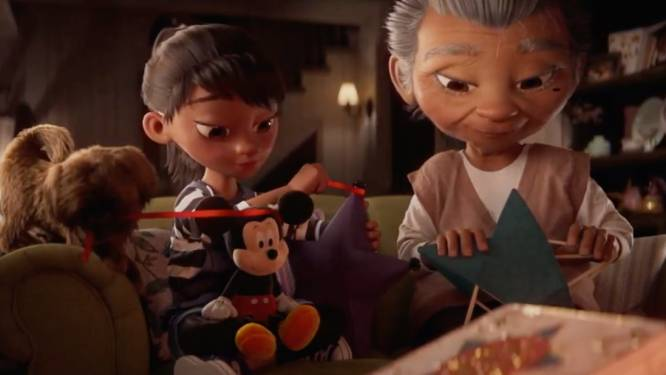 Disney zorgt met ontroerende kerstreclame voor warmte tijdens lastige coronatijden