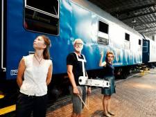 Duits theatergezelschap brengt Wilhelm II tot leven in het Spoorwegmuseum