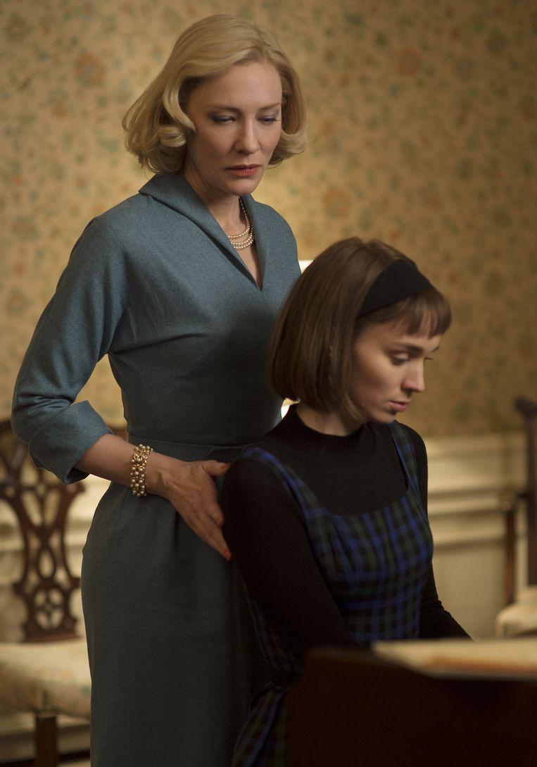Cate Blanchett en Rooney Mara in Carol. Beeld ap
