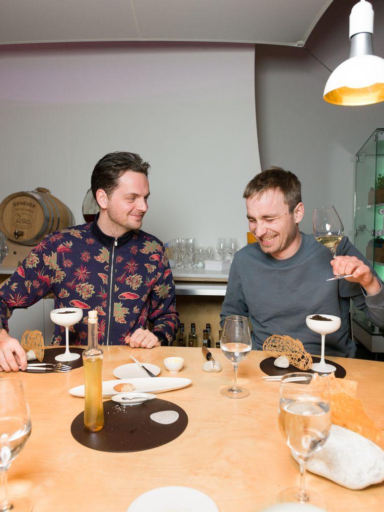 Rundfunk in restaurant Bolenius Beeld Ivo van der Bent