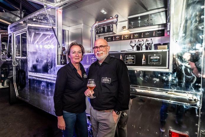Henk van de Loo en zijn vrouw Hannie van Hees van Stadsbrouwerij Argentum uit Schoonhoven.