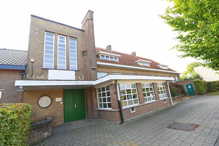 De voormalige jongensschool langs de Steenweg op Aalst werd negen jaar geleden beschermd als monument.