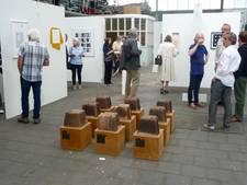 Wethouder opent kunstexpositie Essentie in Heusden