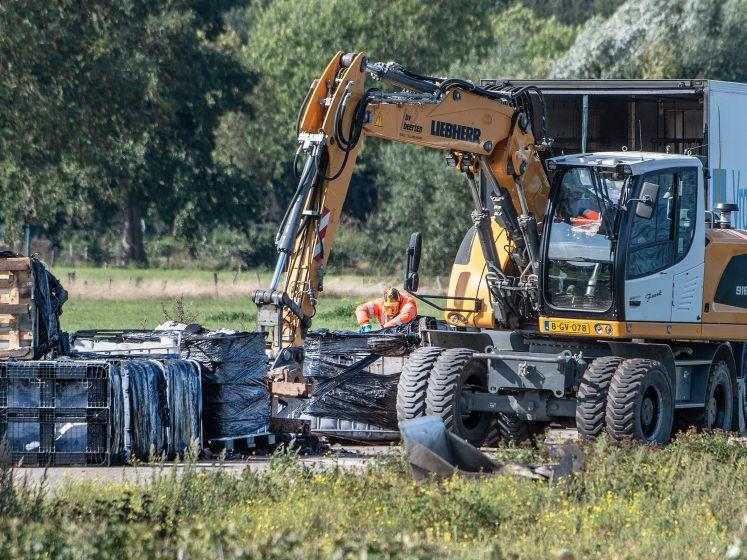 Megadumping: 21.000 liter drugsafval in lekkende vaten