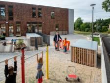 Camera's bewaken rust op schoolplein van Dorpsschool in Rozendaal