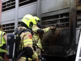 Meerdere varkens overleden bij vrachtwagenbrand op A50