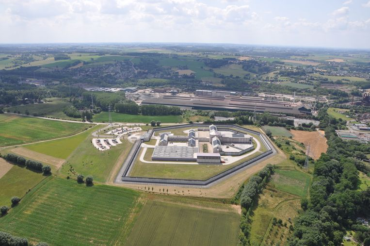 De gevangenis van Itter op een luchtfoto.