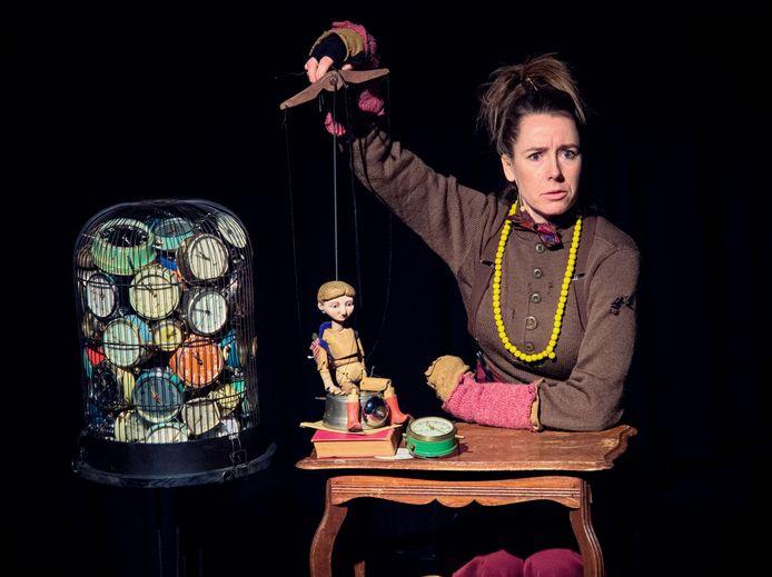 Marisa Laperdrix speelt op 11 oktober de première van Stuk! in het Ledeltheater in Oostburg.