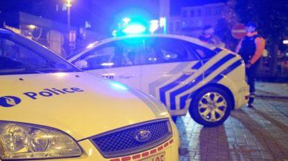 """Meisje (2) sterft bij achtervolging tussen Namen en Bergen: """"Ze hingen kind uit het raam om politie op afstand te houden"""""""