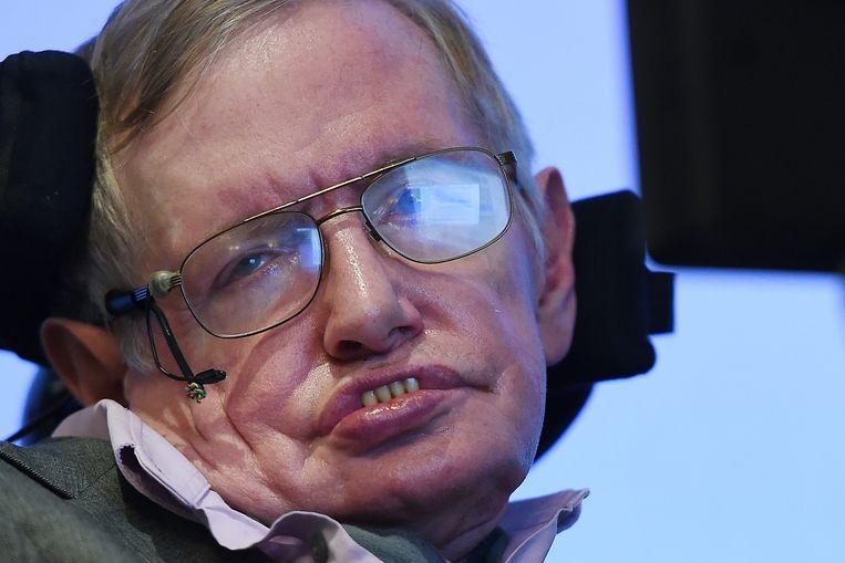 Stephen Hawking tijdens een persconferentie in Londen. Beeld epa